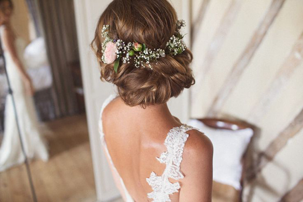 Ways to use flowers at your wedding apart from bridal hair